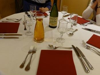 20121025昼食レストラン2.jpg