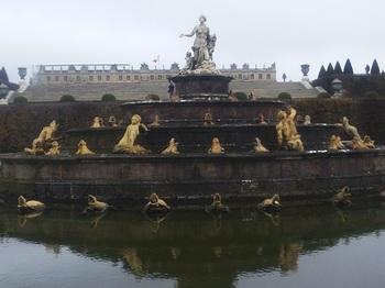 20121112ヴェルサイユの庭園2.jpg